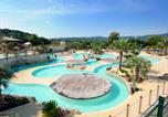 Camping avec Ambiance club Grimaud - Les Tournels-1