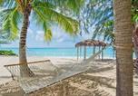 Location vacances West Bay - Sea Breeze 8 (Condo)-2