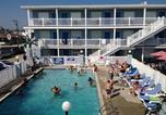 Hôtel Avalon - Sandy Shores Resort-1