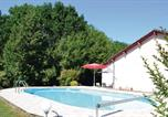 Location vacances Antonne-et-Trigonant - Holiday home Leyalie N-582-4