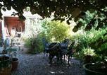 Location vacances Saint-Crespin - Au Fond du Jardin Maison d'hôtes-1