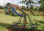 Location vacances Kushalnagar - Homestay with quirky rooms ideal for a family reunion by Guesthouser-4