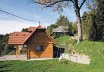 Location vacances Novo Mesto - Holiday home Otocec 45-1