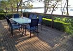 Location vacances Woollamia - Carinya Beachfront on Jervis Bay-2