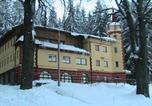 Location vacances Čachrov - Turistická ubytovna Zámeček-1