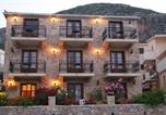 Location vacances Μονεμβασία - Petrino Guesthouse-2