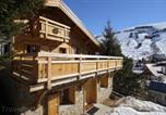 Location vacances Vénosc - Chalet Odalys Les Alpages-1