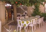 Location vacances Vias - Five-Bedroom Holiday Home in Grau d'Agde-4
