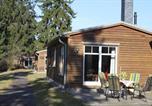 Location vacances Neustadt-Glewe - Einfach-schoen-Blockhaus-Schwan-Kaminstimmung-Natur-pur-Ruhe-geniessen-2