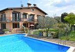 Location vacances Manerba del Garda - La Grolla Apartments-1