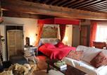 Location vacances Flacey-en-Bresse - Gothique Café-1