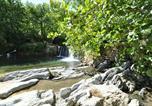 Camping avec Hébergements insolites Fenouillet - Camping Les Cerisiers du Jaur-2