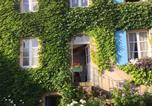 Hôtel Corbigny - Les Volets Bleus-2