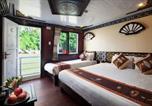 Hôtel Hai Phòng - Halong Apricot Legend Cruise-1