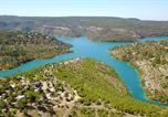 Camping  Acceptant les animaux Valensole - Flower Camping naturiste Verdon Provence-1