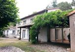 Location vacances Beaurepaire - Maison d'hôtes Les Beaux Chenes-4