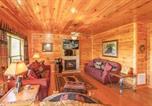 Location vacances Gatlinburg - Destiny's Heaven- Five-Bedroom Cabin-3