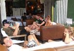 Hôtel Holloways Beach - Asylum Cairns Backpackers Hostel-3