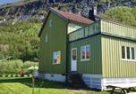 Location vacances Bodø - Holiday Home Nygardsjoen with Fireplace I-1