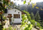 Location vacances Almora - The Cabin by the Woods-2