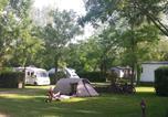 Camping avec Site nature Saint-Rémy-sur-Durolle - Camping L'Orée du Lac-3