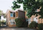 Location vacances Fitzroy - Cute Apartment with Smart Tv, Aircon and Parking-1