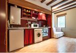 Location vacances  Espagne - Rent a Flat in Barcelona Born-2