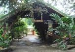 Location vacances Vieux Habitants - Villa de Reves-1