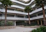 Location vacances Castellar - Agence Giotto Immobilier - Appartements Vue Mer Hambury Palace-3