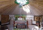 Camping Harrietsham - Lakeland Yurts-2