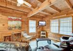 Location vacances Gatlinburg - Black Bear Hideaway - Three Bedroom Cottage-4