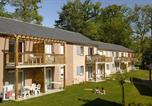 Location vacances Martiel - Résidence-Club Le Hameau du Lac