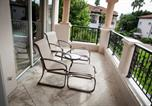 Location vacances Key Biscayne - Two Bedroom Seaside Villa 15122-4