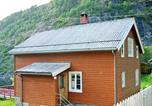 Location vacances Norddal - Six-Bedroom Holiday home in Tafjord-4
