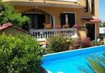 Location vacances Pimonte - Apartment Pompei 1-1