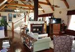 Hôtel Moonee Beach - Cedar Coast Manor B&B-3