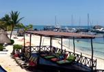 Location vacances Isla Mujeres - Resort, Beach Front Apartment-1