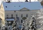 Location vacances Breitenbrunn/Erzgebirge - Hotel und Landgasthof Grüner Baum-1