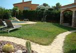 Location vacances Albons - Oasis-3