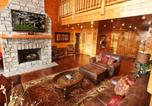 Location vacances Sevierville - Serenity Mountain Pool Lodge-2