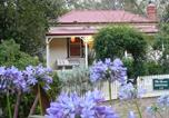 Location vacances Castlemaine - Sinnamons Cottage-4