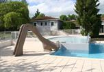 Location vacances Lacave - Holiday Home Domaine De Lanzac 1-3