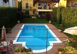 Location vacances Oleggio - Villa Paradiso-1