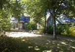 Camping avec Piscine couverte / chauffée Mayenne - Camping Le Parc de Vaux-3