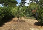 Location vacances Saint-Cyr-sur-Mer - Joli Appartement T3 Proche Mer avec Jardin-4