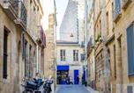 Location vacances Le Vieux Bordeaux - Duplex Apartment Gambetta Bordeaux-3