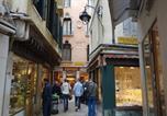 Location vacances Venise - Calle dei Balloni Apartment-2