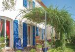 Location vacances Saint-Georges-d'Orques - Four-Bedroom Holiday Home in Laverune-1