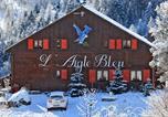 Location vacances Méolans-Revel - Chambres d'hôtes Chalet l'Aigle Bleu-1