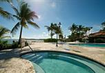 Location vacances Key Biscayne - Three Bedroom Seaside Villa 15211-2
